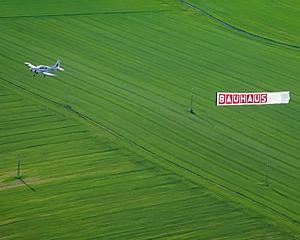 Letecká reklama