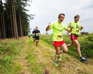 Běhej lesy 2016